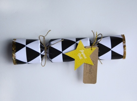 DIY Christmas crackers noel